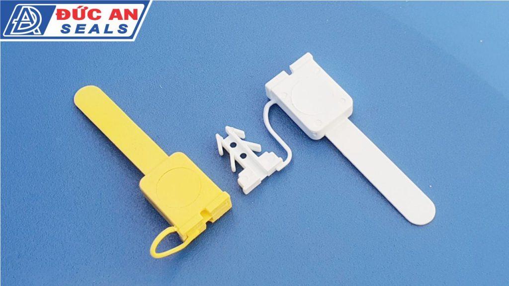 khóa kẹp chì seal niêm phong nhựa 4 ngạnh mỏ neo (2)-min