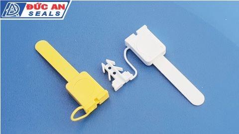 khóa kẹp chì seal niêm phong nhựa 4 ngạnh mỏ neo x480-min